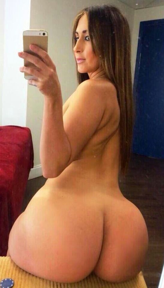 Women nude with huge ass
